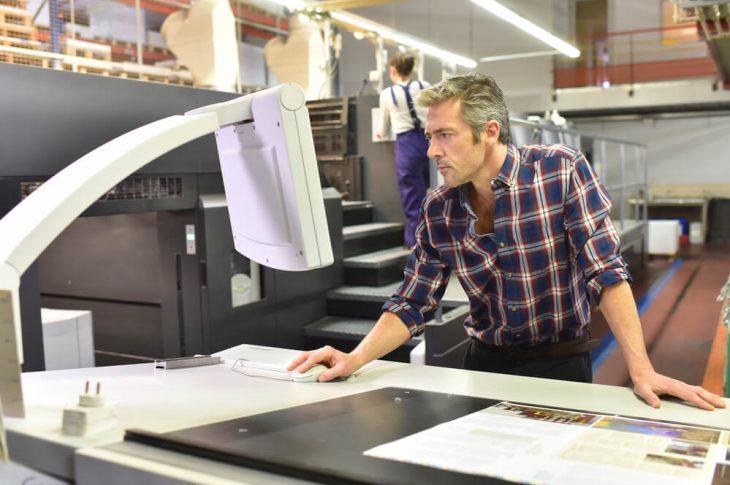 Can You Do Silk Screen Printing on Metal