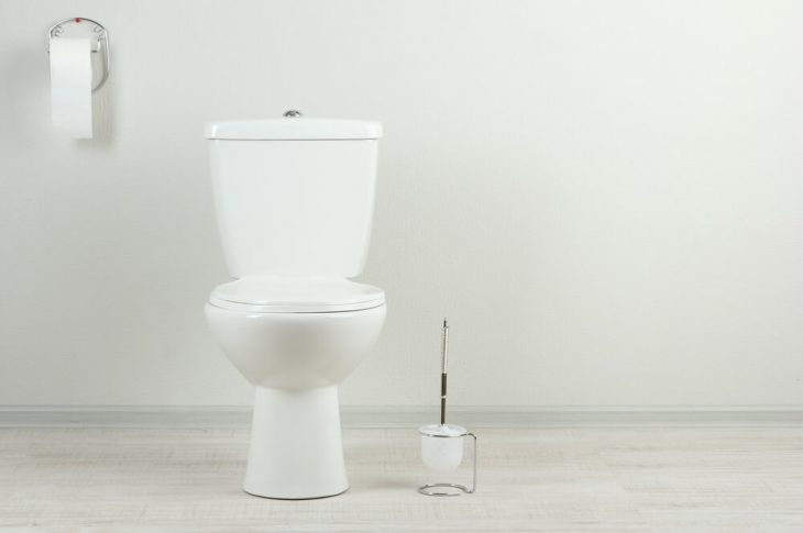 What Causes Hairline Cracks In Toilet Bowls?